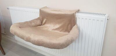 Miapet - Miapet Kalorifer Üstü Askılı Lüks Kedi Yatağı 47x35 cm Bej